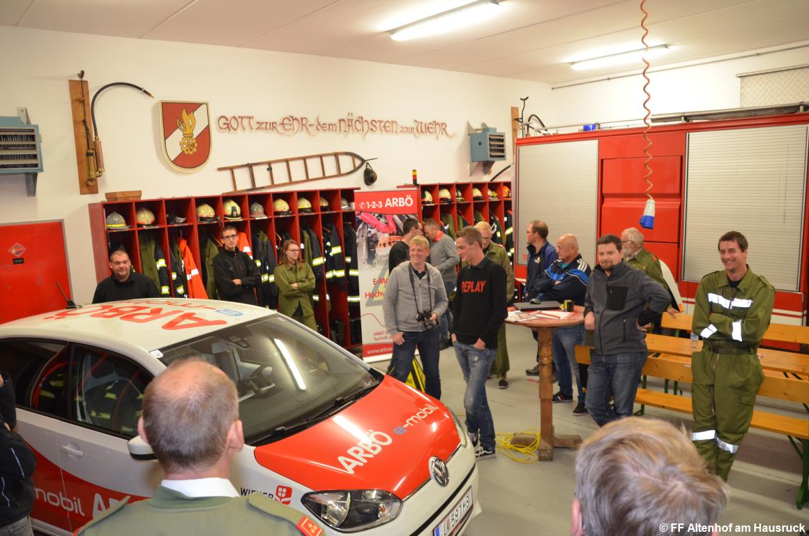 FF Altenhof 20180927191731 Schulung Elektroauto