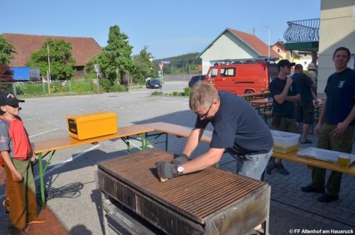 FF Altenhof 20190614170133 Jugendgrillerei