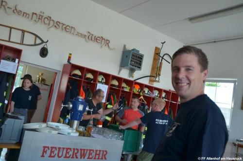 FF Altenhof 20190614170245 Jugendgrillerei