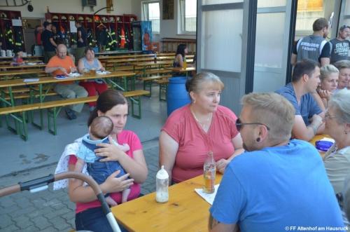 FF Altenhof 20190614182131 Jugendgrillerei